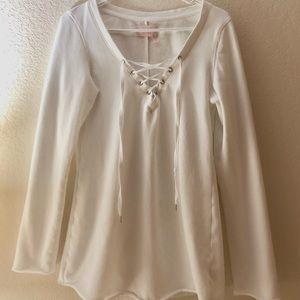 V.S. White Criss Cross sweatshirt size Medium